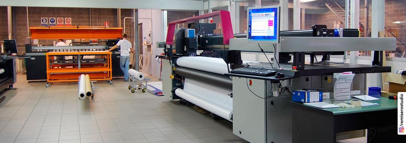 Impresión de gigantografías en alta resolución 1440 dpi.
