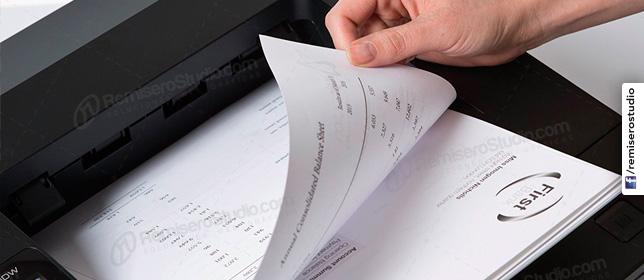 Impresión de documentos en blanco y negro b/n
