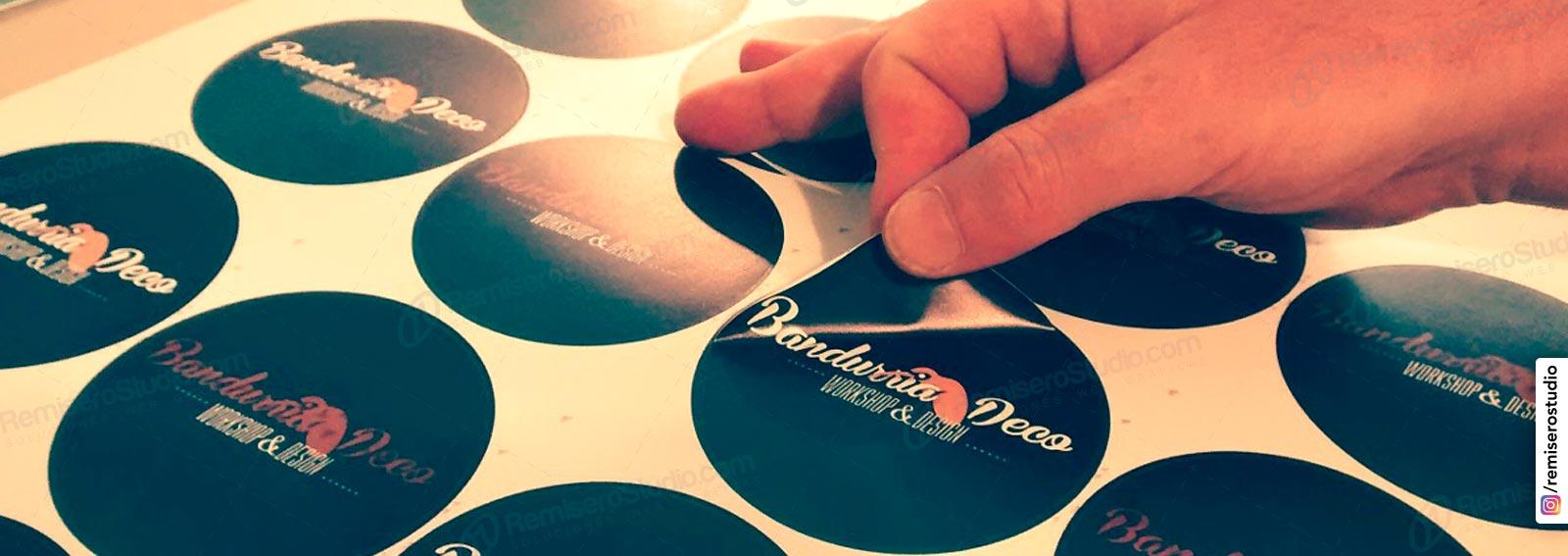 Etiquetas Autoadhesivas Impresión De Stickers Adhesivos En Lima Perú