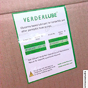 Etiquetas adhesivas impresas en papel couche plastificado