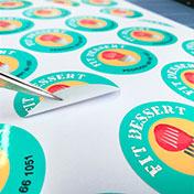 Stickers adhesivos circulares impresos en adhesivo gloss resistente al agua con semi corte - cliente fit dessert