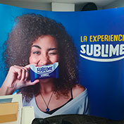Backing Display Wall Curvo Cliente - Sublime